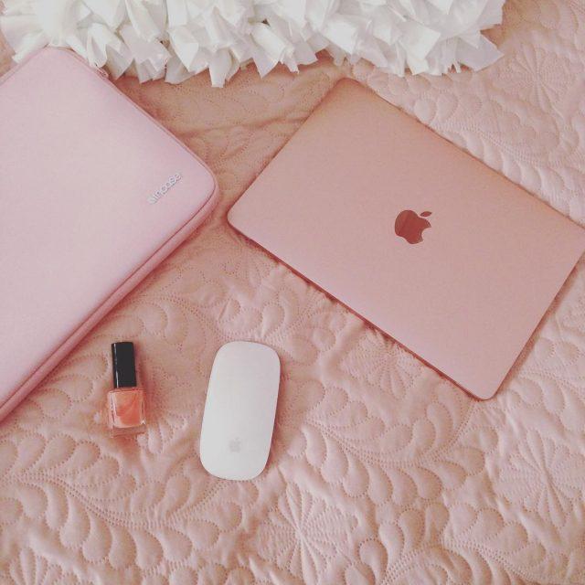 Helemaal smoorverliefd op mijn nieuwe MacBook rosgoud is cht welhellip