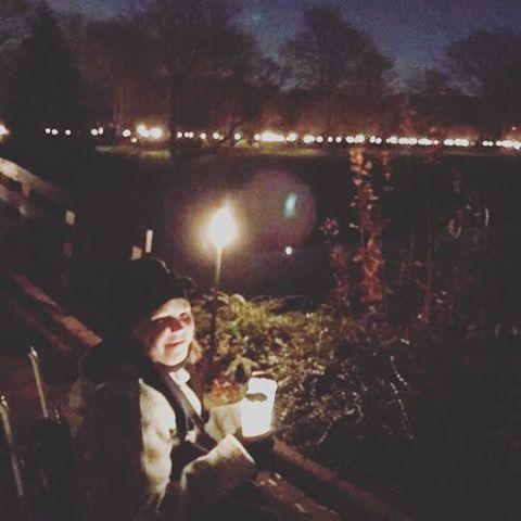 Lichtjesavond op de begraafplaats zo mooi en bijzonder!