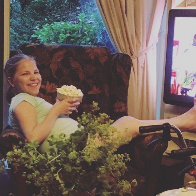 Vrijdagavond prettywoman kijken met een grote bak popcorn en goedhellip